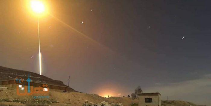 پدافند هوایی سوریه با اهداف متخاصم در آسمان جنوب دمشق مقابله کرد